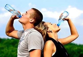 beber muita água